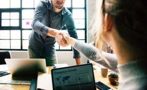 Czy warto skorzystać z agencji pracy tymczasowej?