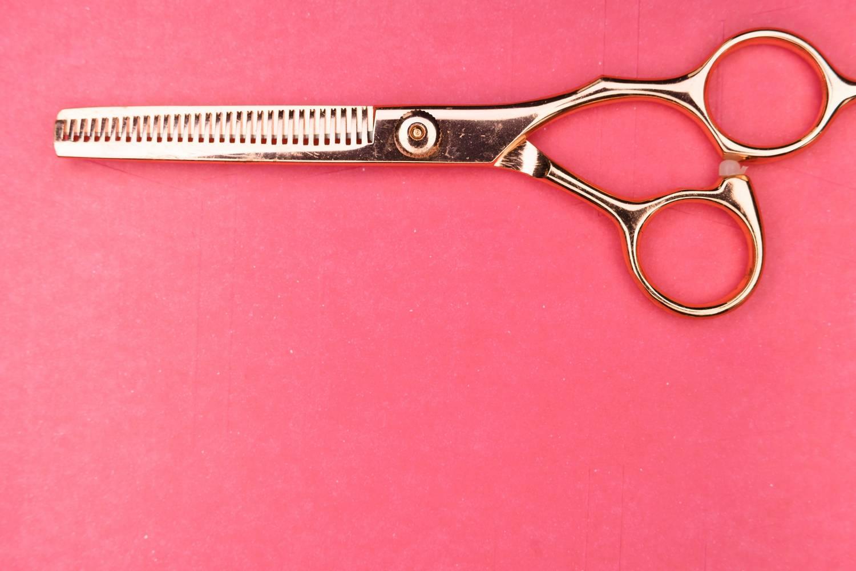 Jak opodatkować działalność usługową w zakresie fryzjerstwa?